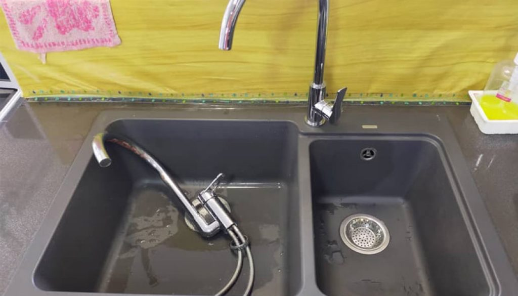 plumbing services cost